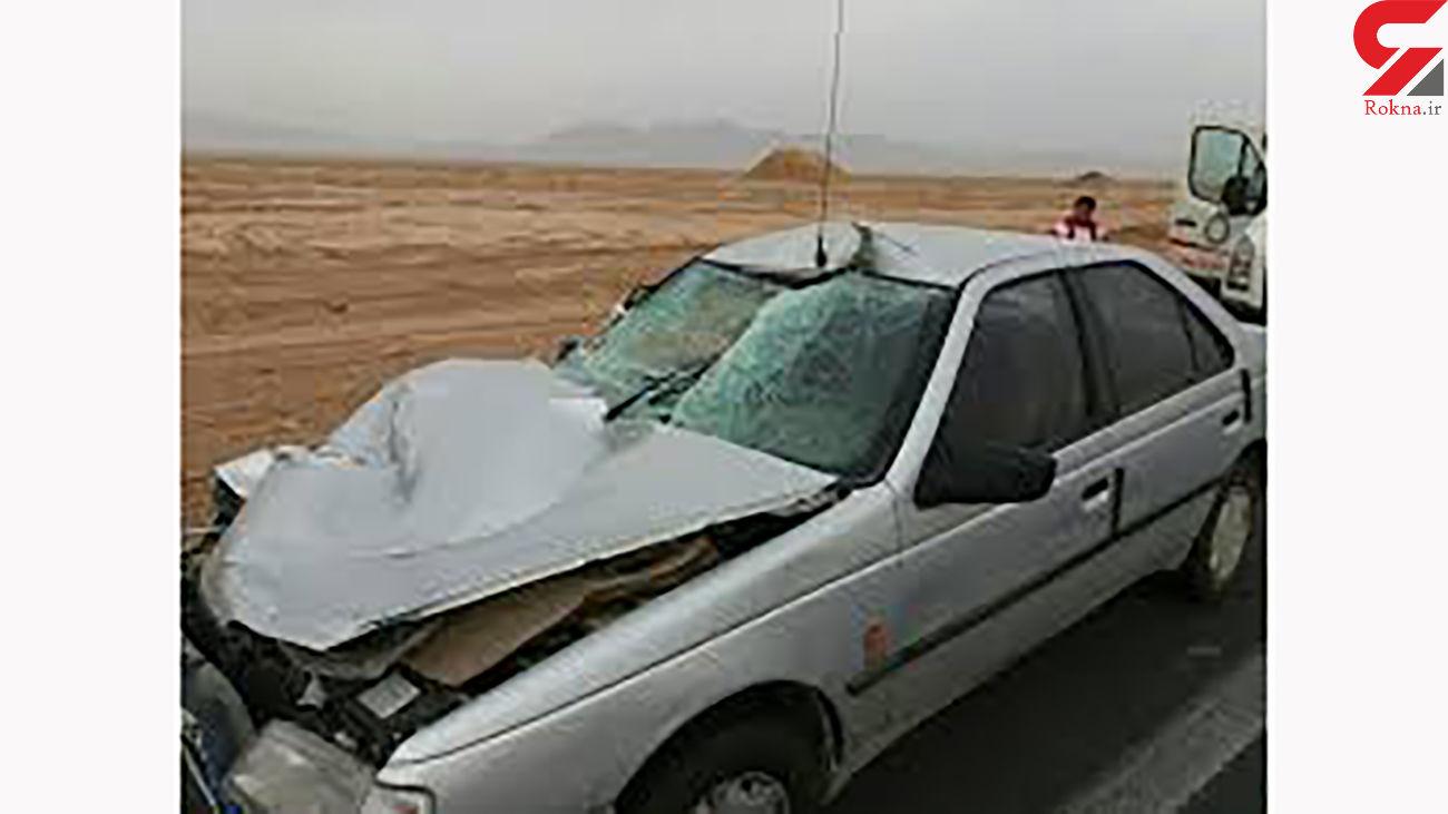 مصدومیت 7 نفر بر اثر واژگونی پژو 405  در قزوین