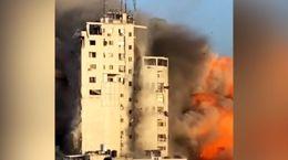لحظه اصابت چند موشک به یک ساختمان + فیلم
