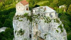 عجیب ترین خانه جهان در گرجستان + عکس