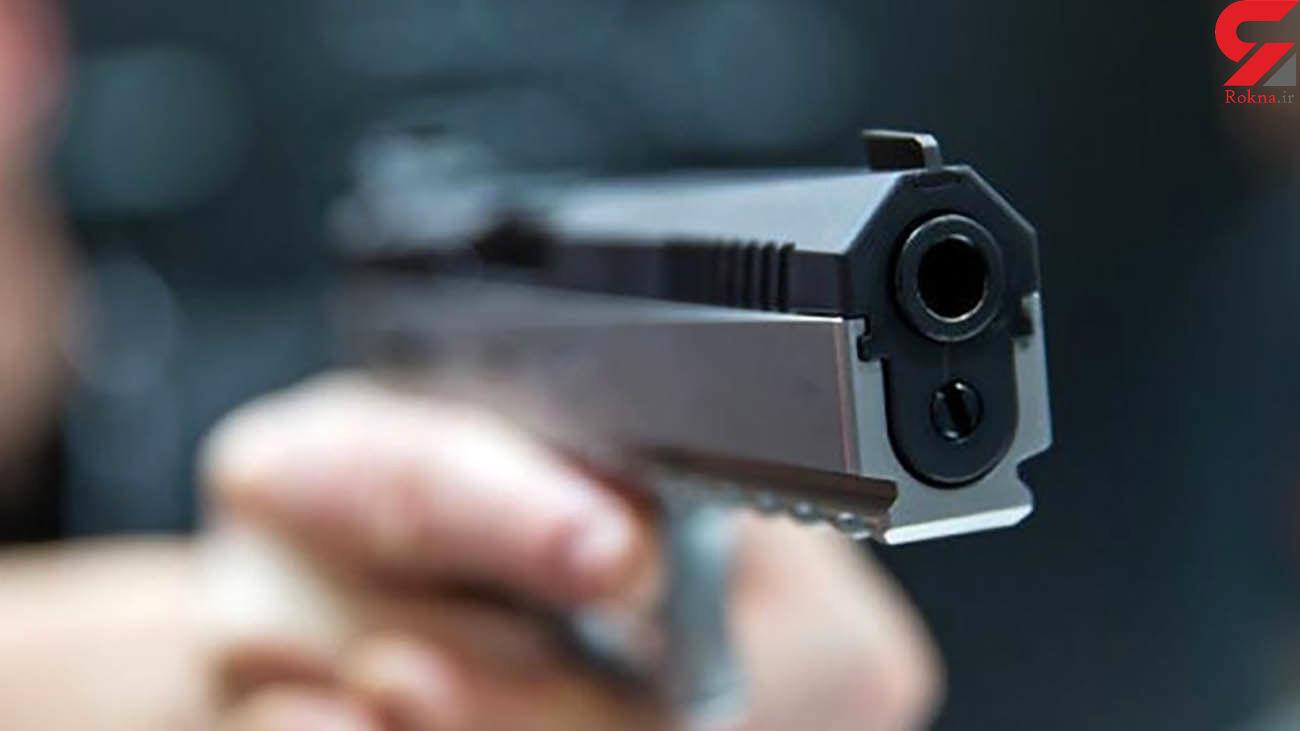 کرکری های فضای مجازی دو گروه مسلح را در محمودآباد به جان هم انداخت / پلیس 10 نفر را بازداشت کرد
