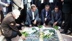 ادای احترام معاون اول رئیس جمهور به مقام شهدا در سیرجان