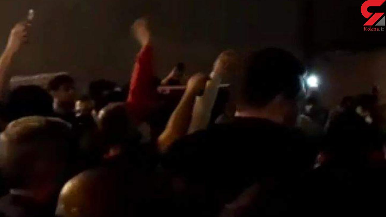 تجمع و اعتراض شدید مردم سربندر  به عملکرد شهرداری+ فیلم