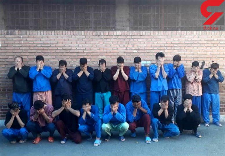 """دستگیری  ۱۹ عضو شرکت """"کیونت""""+ عکس"""