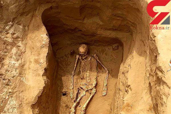 کشف بقایای اسکلت یک زن / او همراه جواهراتش پیدا شد+ تصاویر