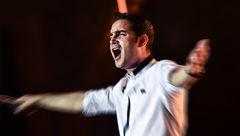 اعتراض محسن یگانه به برخورد نامناسب با نوازندگان خیابانی+عکس