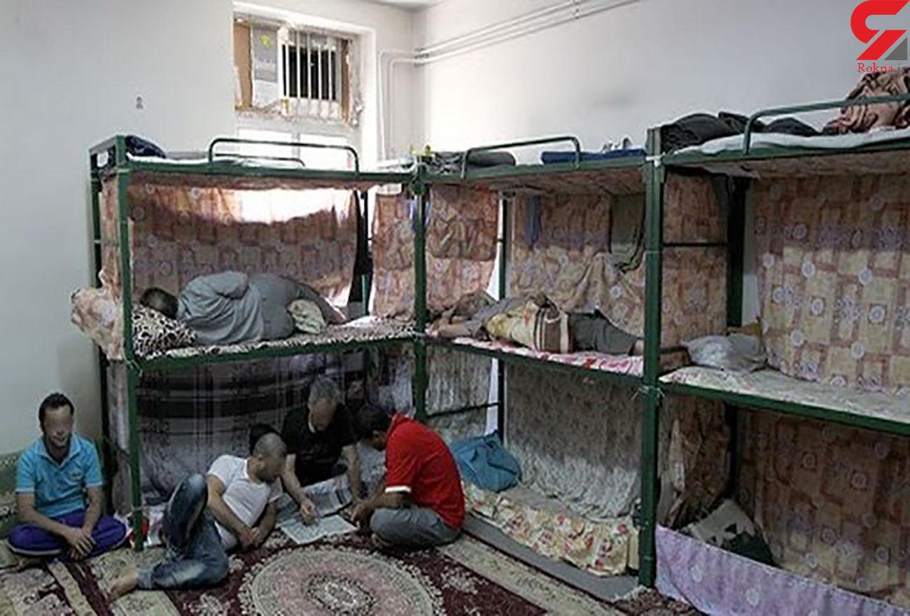 زندانیان کف خوابی که پول برای اجاره تخت ندارند