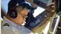 جنجال بزرگ منتشر شدن تصویر خوابیدن خلبان در حال پرواز در شبکه های اجتماعی+عکس
