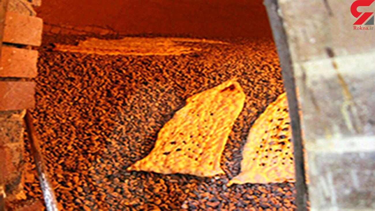 تاخیر در تحویل آرد به نانواییها نتیجه سوء مدیریت در توزیع آرد است