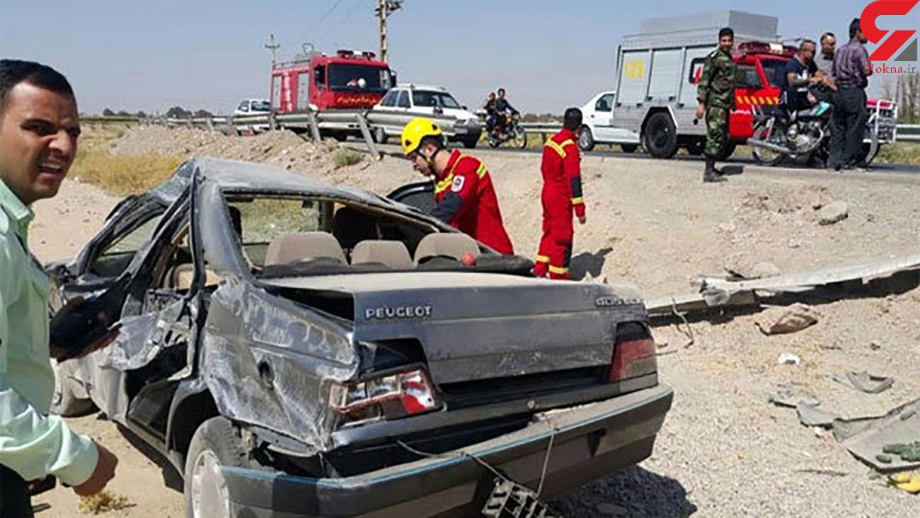 واژگونی پژو 5 نفر را راهی بیمارستان کرد / در مهریز رخ داد