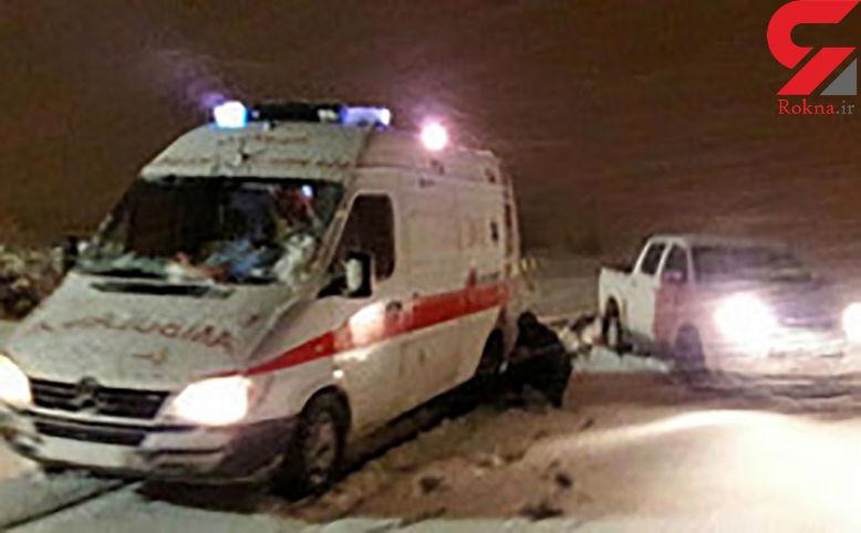 تلاش شدید نیروهای امدادی برای نجات مادر باردار در برف / در آذربایجان شرقی رخ داد