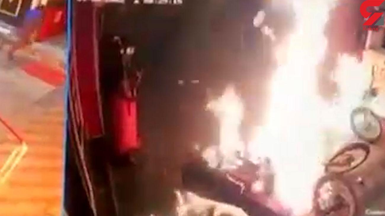 فیلم وحشتناک از آتش سوزی پمپ بنزین در خوزستان / علت چه بود؟