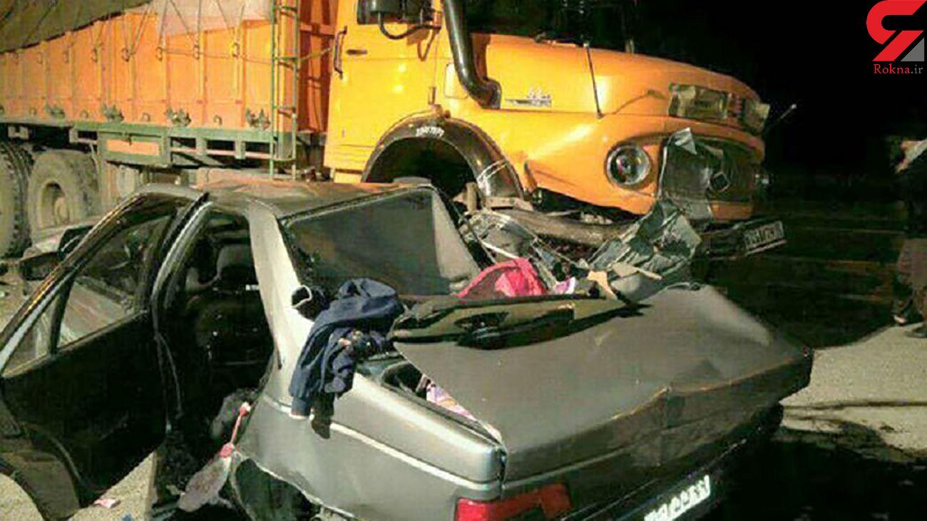 مرگ 2 خانم مهماندار در تصادف سرویس شرکت هواپیمایی ماهان / 2 خانم مهماندار دیگر زخمی شدند + عکس
