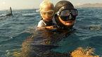 شنای شگفت آور کودک سه ساله در اعماق آب+تصاویر