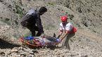 نجات مرد ایلامی از کوه سیوان توسط نجاتگران هلال احمر + عکس