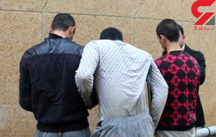 دزدان شمشیرزن در ایستگاه زندان