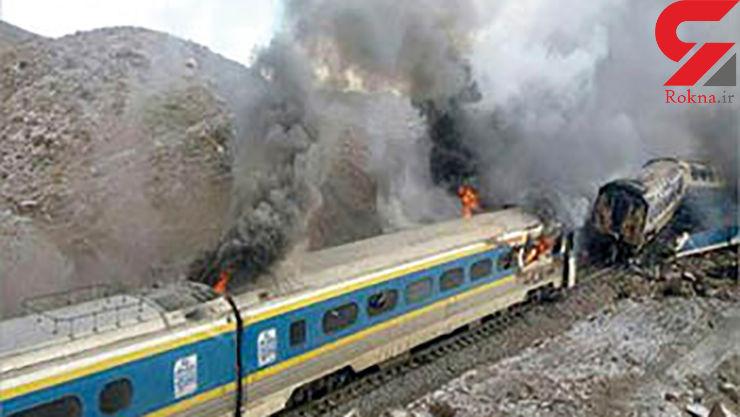 ردپایاشکالات مدیریتی راهآهندر تصادف 2 قطار در سمنان + عکس