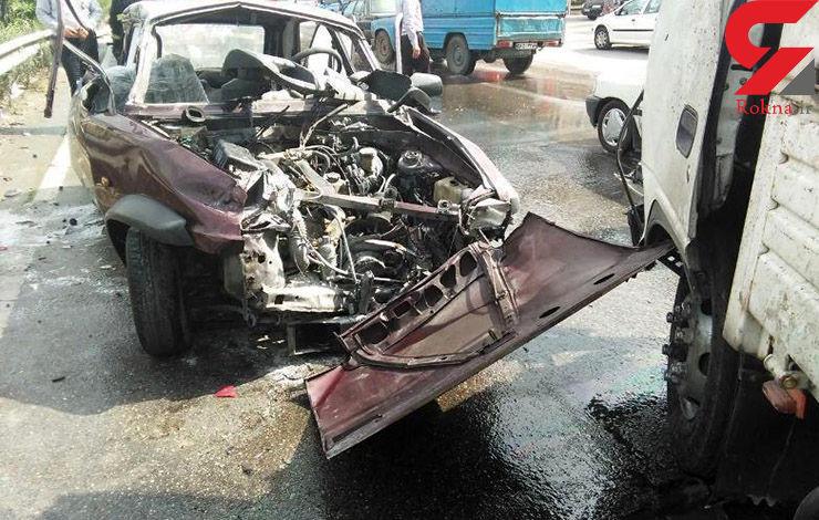 آتش گرفتن رنو درتصادف باکامیون+تصاویر