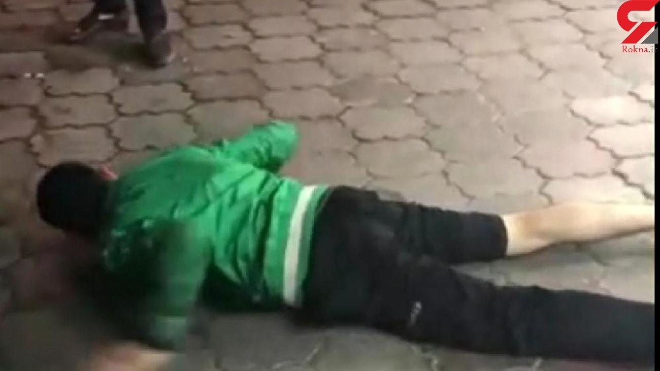 عکس / بازداشت دزد روانی در رشت