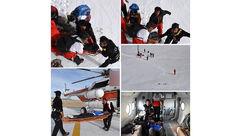 نجات کوهنورد سقوط کرده به دره ۱۵۰ متری در تفتان + عکس