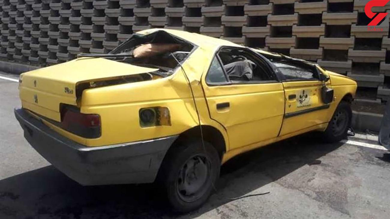 عکس های تاکسی زرد پرس شده پس از پرش 3 متری / در تهران رخ داد