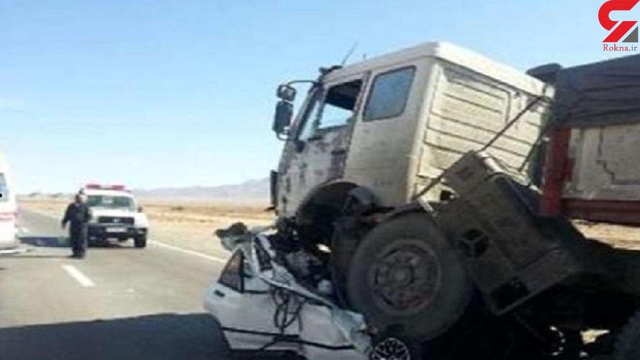 تصادف مرگبار در جاده اراک _ بروجرد / 5 تن در دم جان باختند
