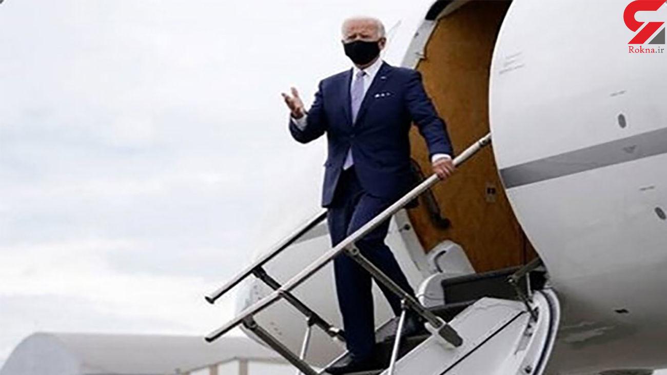 بایدن تعادل ندارد / او بر روی پله هواپیما به زمین افتاد + فیلم