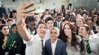 هدف نخست وزیر کانادا از گرفتن سلفی با مسافران مترو چیست؟ + فیلم