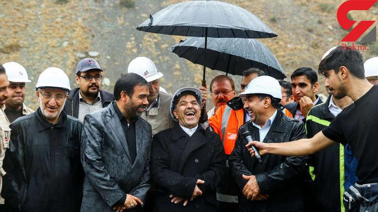 خنده از ته دل «عباس آخوندی» وزیر راه در یک مراسم+عکس