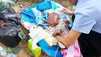 رها کردن نوزاد در وحشتناک ترین محل + عکس نوزاد / چین