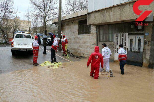 امداد رسانی هلال احمر به ۵۳۰۰ سیل زده در ایلام