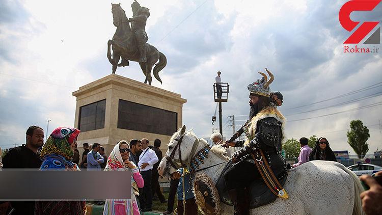 مجسمه رستم و رخش نمادی از شاهنامه و گذر از هفتخوان است