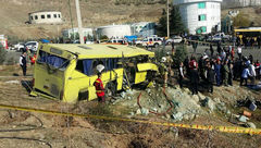 آخرین خبر از اتوبوس مرگ دانشگاه علوم تحقیقات/ 8 دانشجو بستری هستند