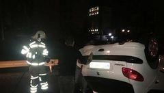 واژگونی بامدادی پژو ۲۰۶ در بزرگراه امام علی + تصاویر