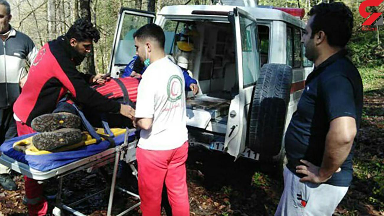 سقوط از ارتفاع در جنگلهای بندرگز / مرد 49 ساله زنده ماند