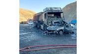 عکس های آتش سوزی تریلی و پژو در کردستان