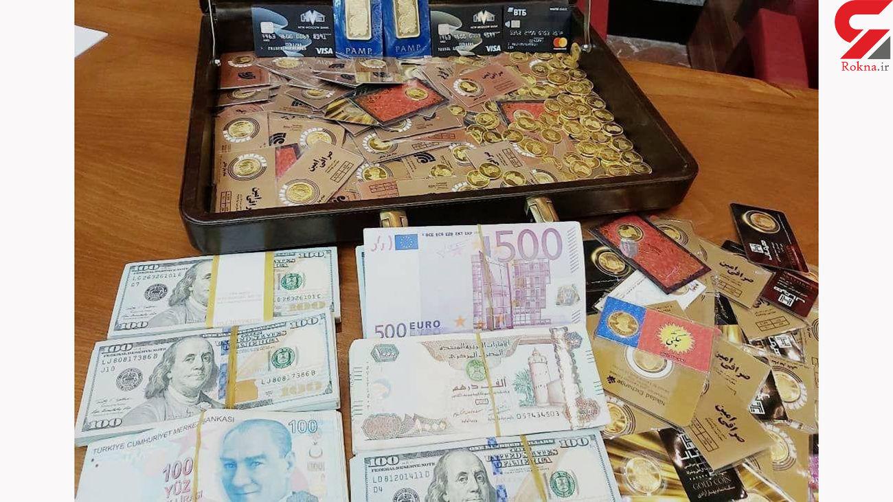 راز بی ام و 7 میلیاردی و سکه های طلای معاون سابق بانک مرکزی در دادگاه فاش شد