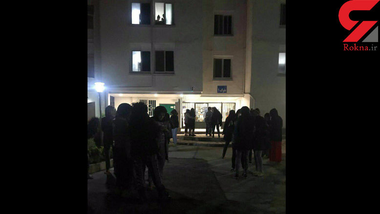 دانشجویان وحشت زده از زلزله در حیاط خوابگاه دانشگاه خوابیدند  +عکس