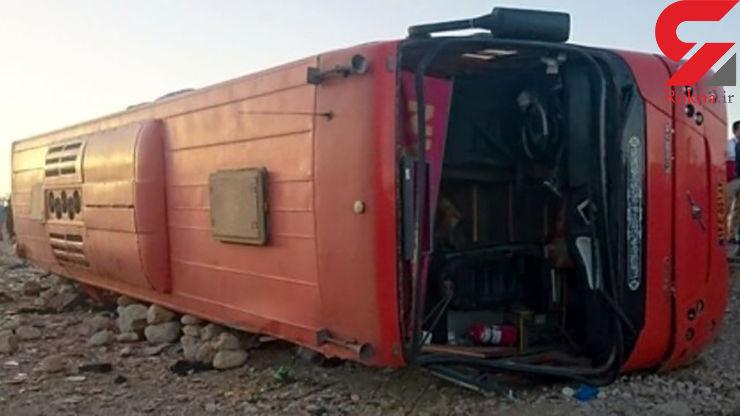 برخورد کامیون با اتوبوس در محور کازرون به سمت شیراز
