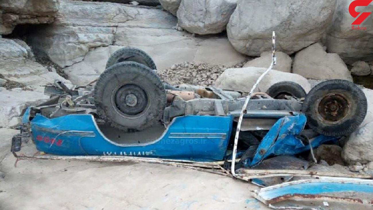 واژگونی خودروی سایپا با سه مصدوم در لنده