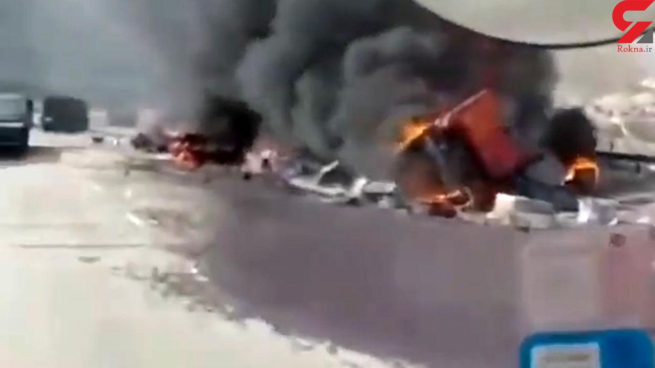 تصادف وحشتناک در جاده سیرجان / راننده ها هردو در آتش سوختند + فیلم