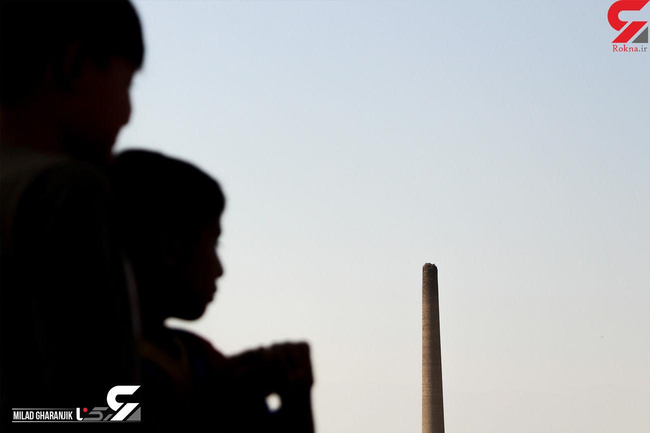 اینجا کودکان تهرانی با سیگار نقاشی خاکستری می کشند! + فیلم و عکس