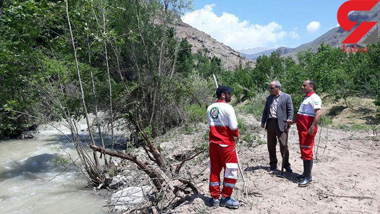 سقوط پیرمرد الموتی در رودخانه نینه رود