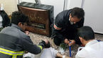 آتش نشان فداکار بوکانی مردی را از مرگ در آتش نجات داد + عکس
