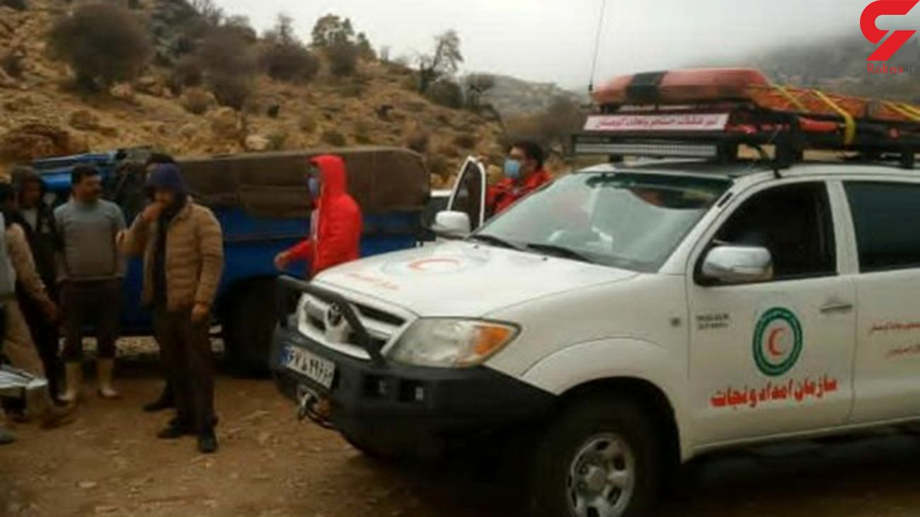 نجات عشایر گرفتار در سیلاب در شیراز