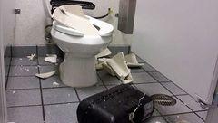 عجیب / انفجارهای خونین توالتهای فرنگی !
