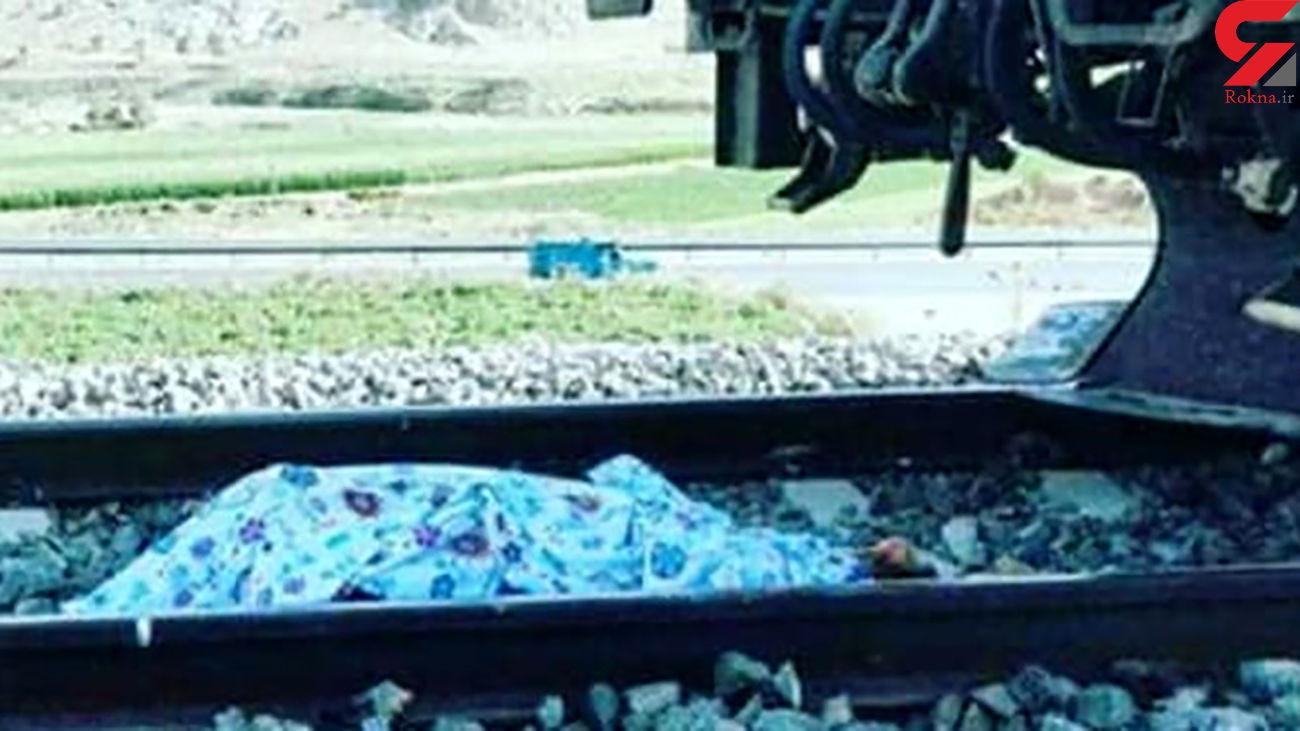 مرگ مشکوک یک مرد در راه آهن رشت / خودکشی یا حادثه ؟ + عکس جنازه