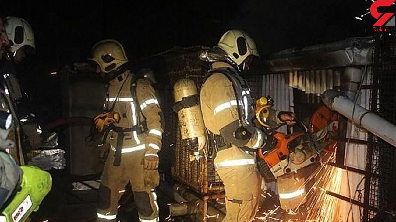 آتش سوزی در بازار تهران / 3 مغازه در آهنگران در آتش سوختند + عکس های محل حادثه