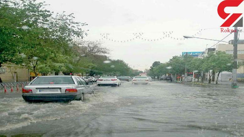 آب گرفتگی برخی نقاط مشهد در پی بارندگی های اخیر