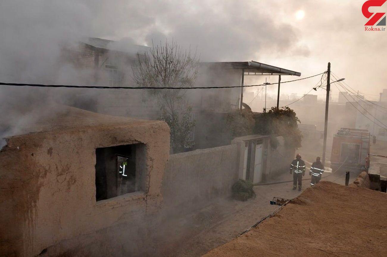 آتش سوزی انبار علوفه شهر کارچان اراک مهار شد