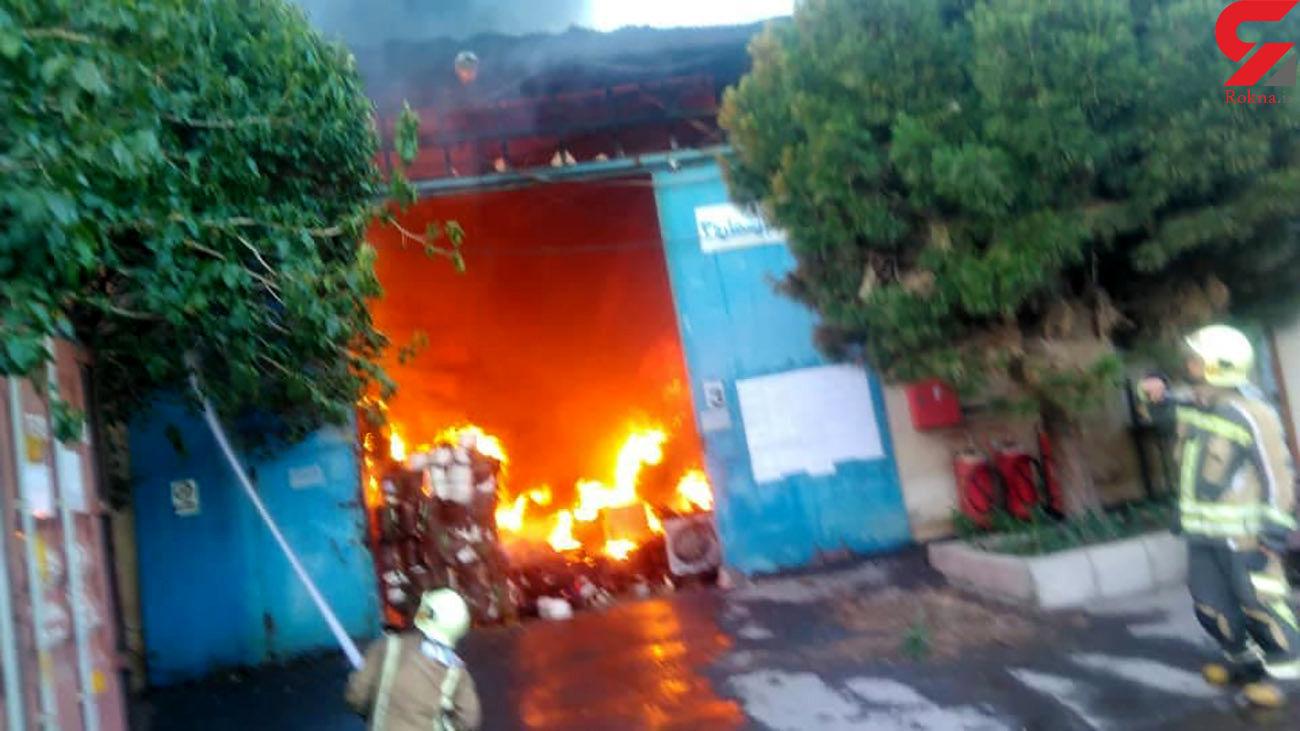 فوری / آتش سوزی بزرگ در آزادگان تهران + فیلم